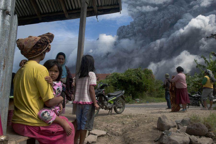 Le village de Karo est un des plus proches de l'éruption.