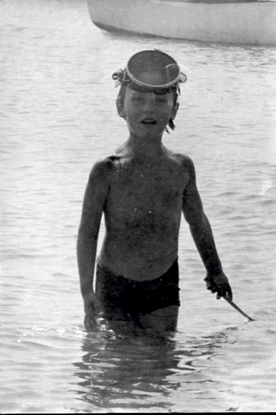 Premières plongées, à Saint-Malo. Jérôme a 6 ans.