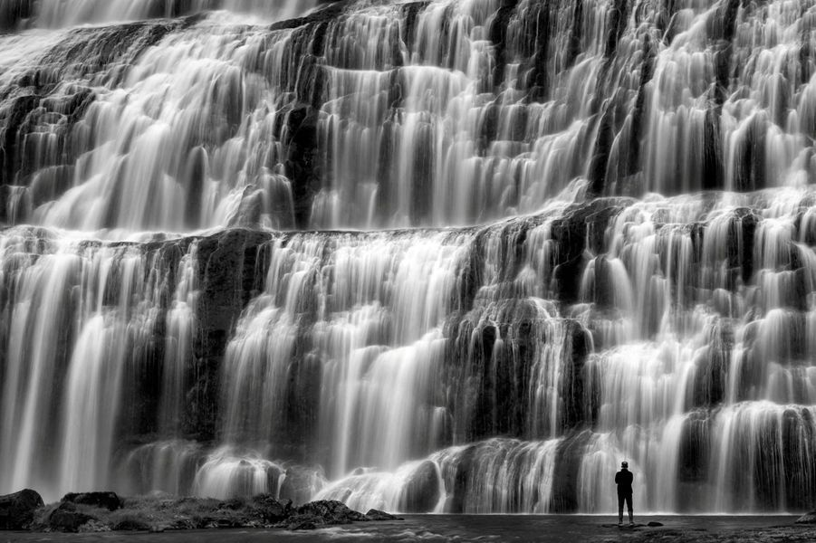 "La chute d'eau ""Dynjandifoss"", en Islande."