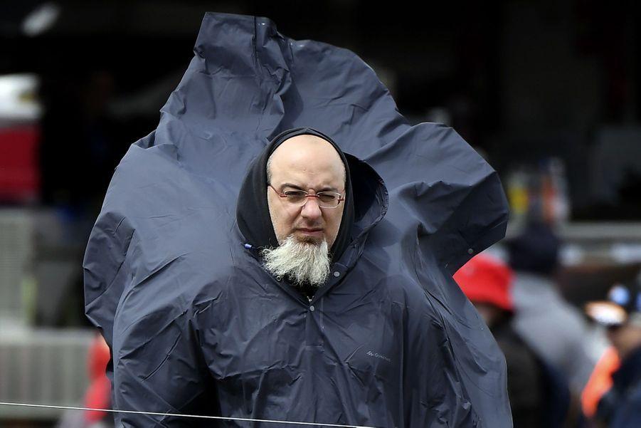 Veste anti-pluie obligatoire à Sydney.