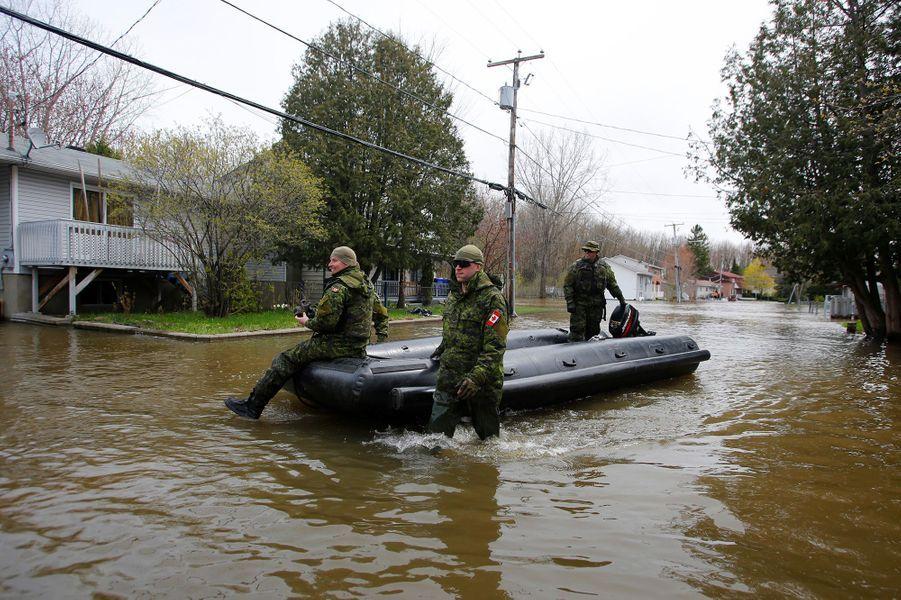 L'état d'urgence décrété à Montréal a été reconduit lundi pour cinq jours supplémentaires.