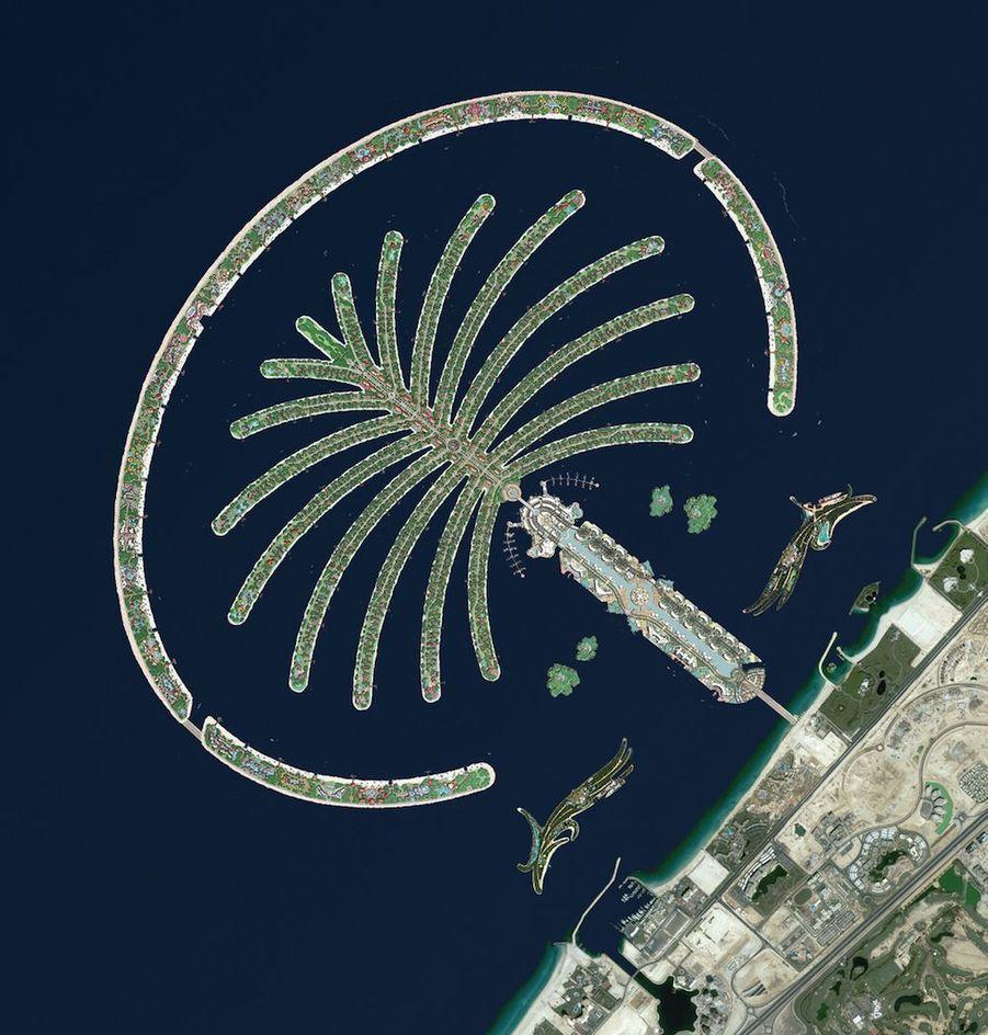 L'archipel artificiel de Palm Jumeirah, aux Emirats arabes unis