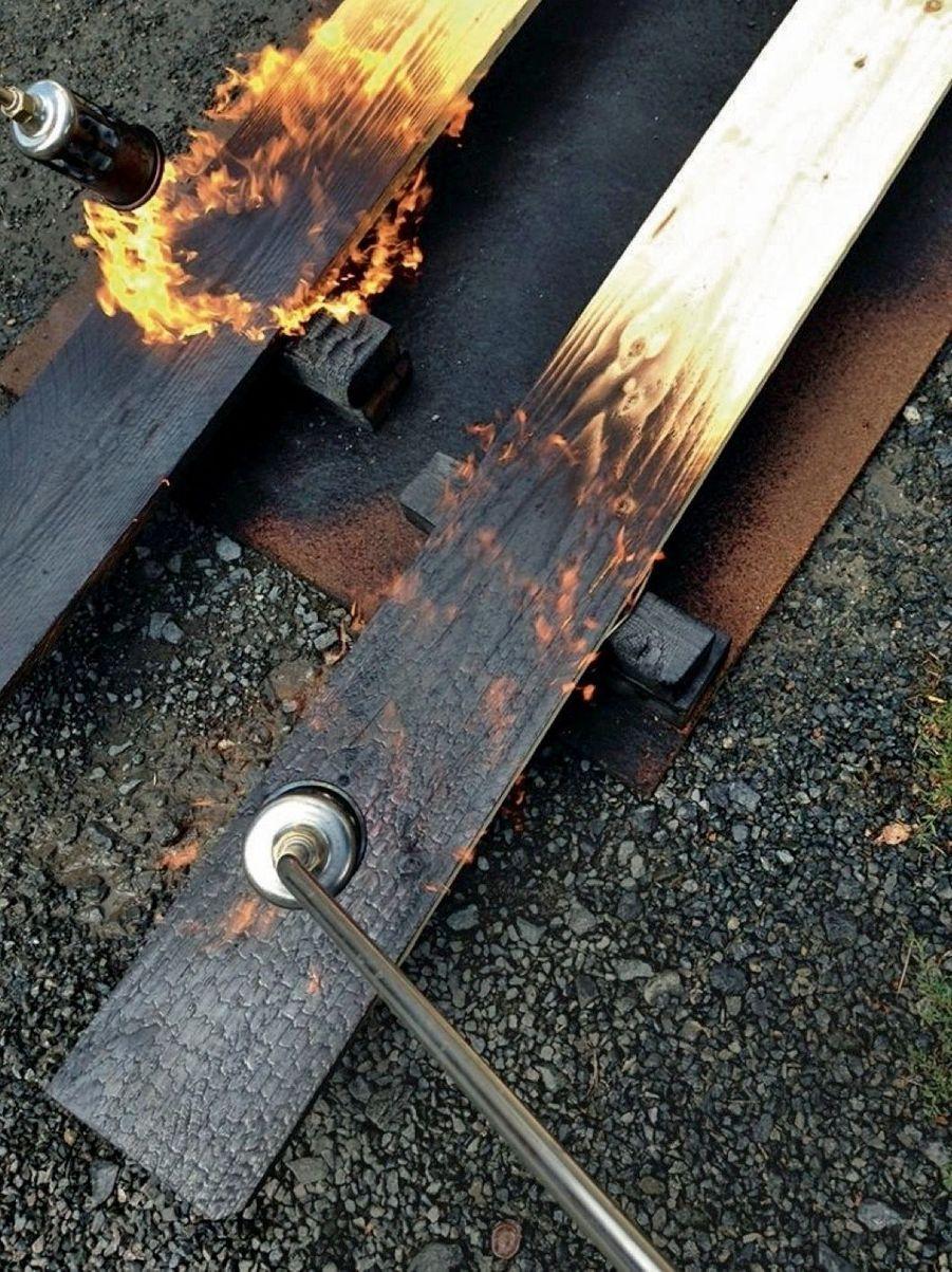 La technique de brûlage découverte au Japon par les fondateurs de Novablok offre au bardage une durée de vie de 80 ans