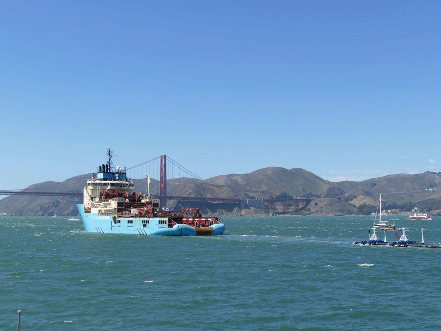 Ocean Cleanup quitte San Francisco pour nettoyer le Pacifique de ses plastiques.