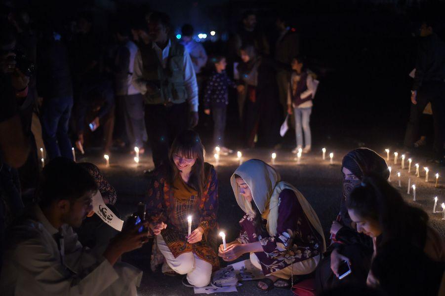 Earth Hour àIslamabad (Pakistan).
