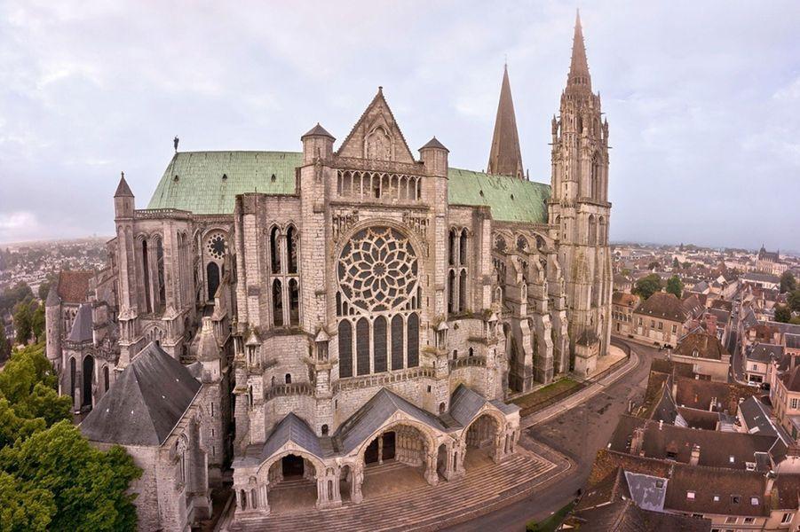NOTRE-DAME DE CHARTRES La cathédrale est classée au patrimoine mondial de l'Unesco.