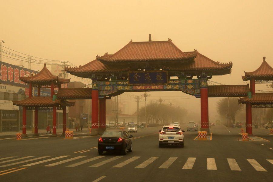Une tempête de sable a ravagé le nord-ouest de la Chine, le 24 et 25 novembre 2018