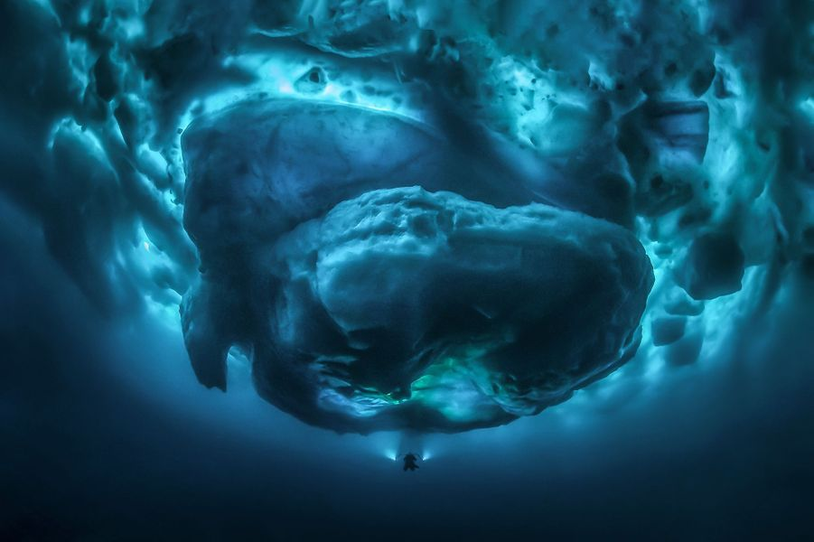 """Sub Zero"" de Tobias Friedrich, dans leFjordTasiilaq, au Groenland."