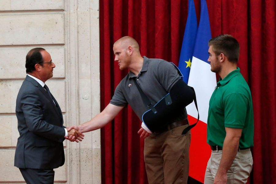 François Hollande remercie Spencer Stone