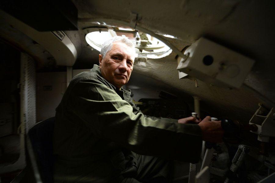 Christian Dourscollectionne les chars américains de la Seconde Guerre mondiale. Ici à Serez, en Normandie.