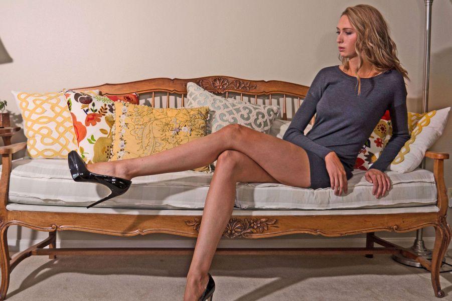 Lauren, 26 ans et des jambes d'1 mètre 24