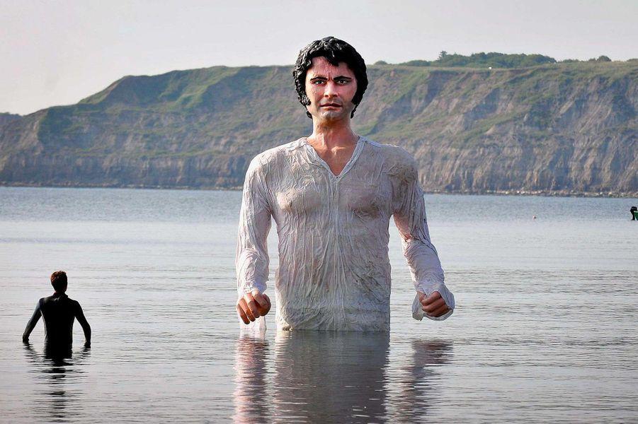Une statue de Colin Firth dans son rôle de Marc Darcy à Londres, en juillet 2013.
