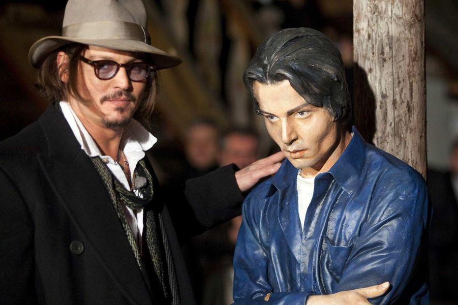Une statue de Johnny Depp à Mokra Gora, en Serbie, en janvier 2010.
