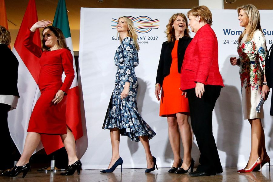 Chrystia Freeland,Ivanka Trump, Christine Lagarde, Angela Merkel et la reine Maxima des Pays-Bas au sommet Women 20 à Berlin, le 25 avril 2017.