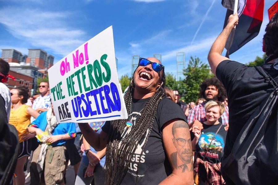 """Au défilé pour la """"fierté hétérosexuelle"""" à Boston, le 31 août 2019."""