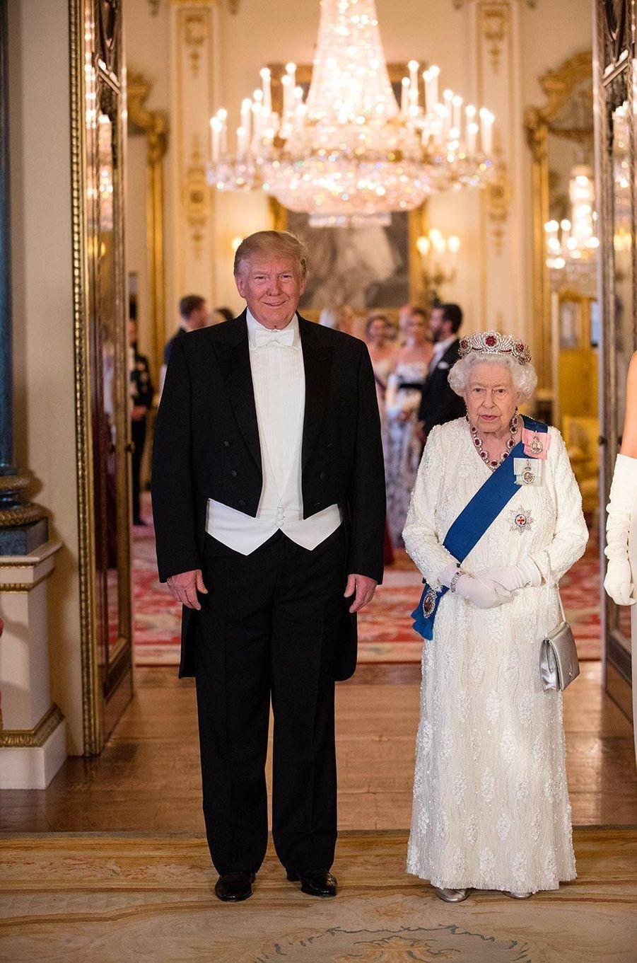 Donald Trump avec la reine Elizabeth II à Buckingham Palace, le 3 juin 2019.