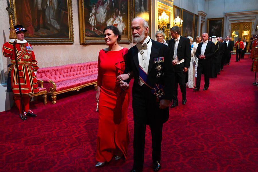 Sarah Huckabee Sanders et le prince Michael de Kent àBuckingham Palace, le 3 juin 2019.
