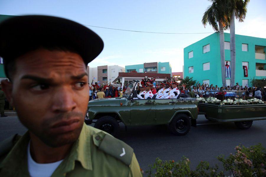 A Cuba, Des Funérailles Dans L'intimité Pour Fidel Castro 12
