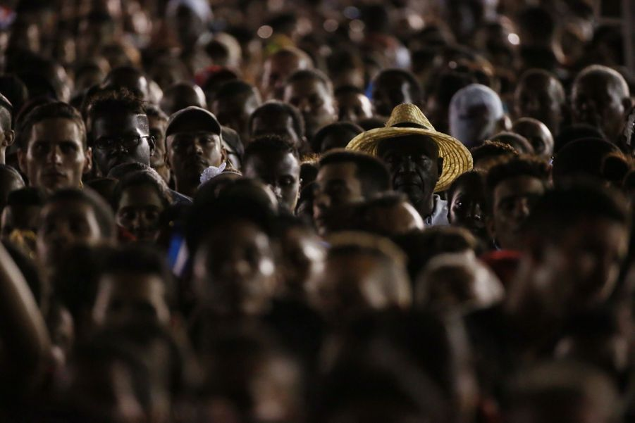 A Cuba, Des Funérailles Dans L'intimité Pour Fidel Castro 2