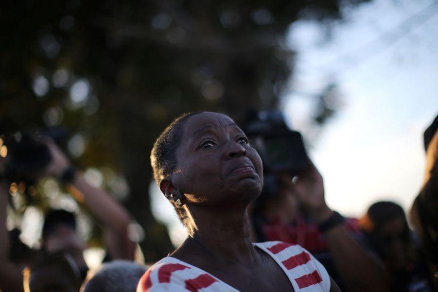A Cuba, Des Funérailles Dans L'intimité Pour Fidel Castro 23