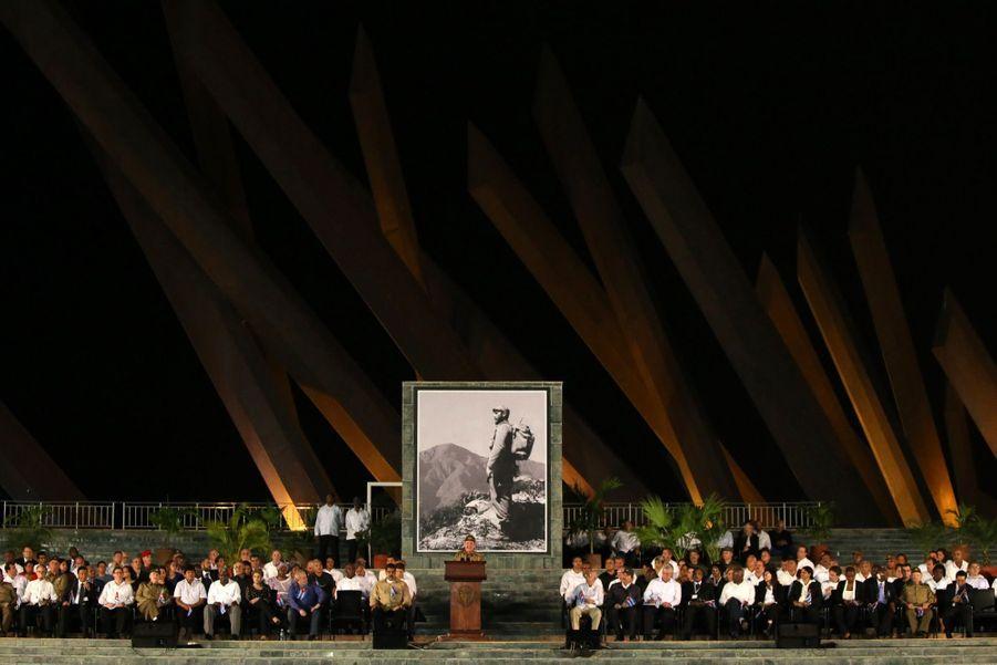 A Cuba, Des Funérailles Dans L'intimité Pour Fidel Castro 5