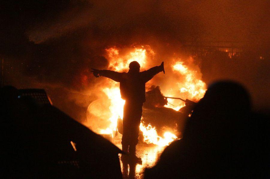 Prisonnière des flammes