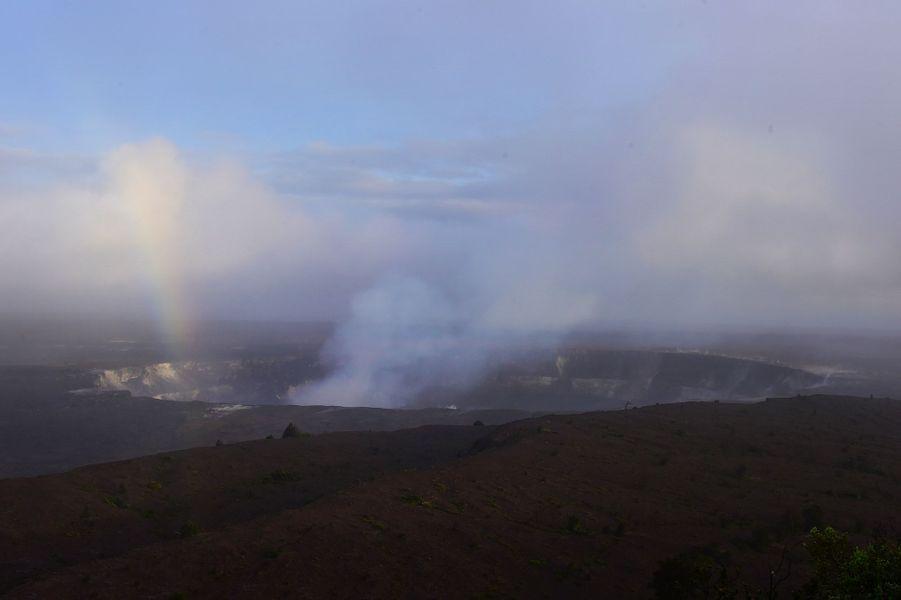 Tout près du cratère du volcan Kilauea, à Hawaï.