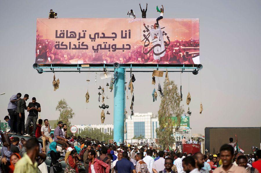 Manifestation à Khartoum, au Soudan, le 11 avril 2019.