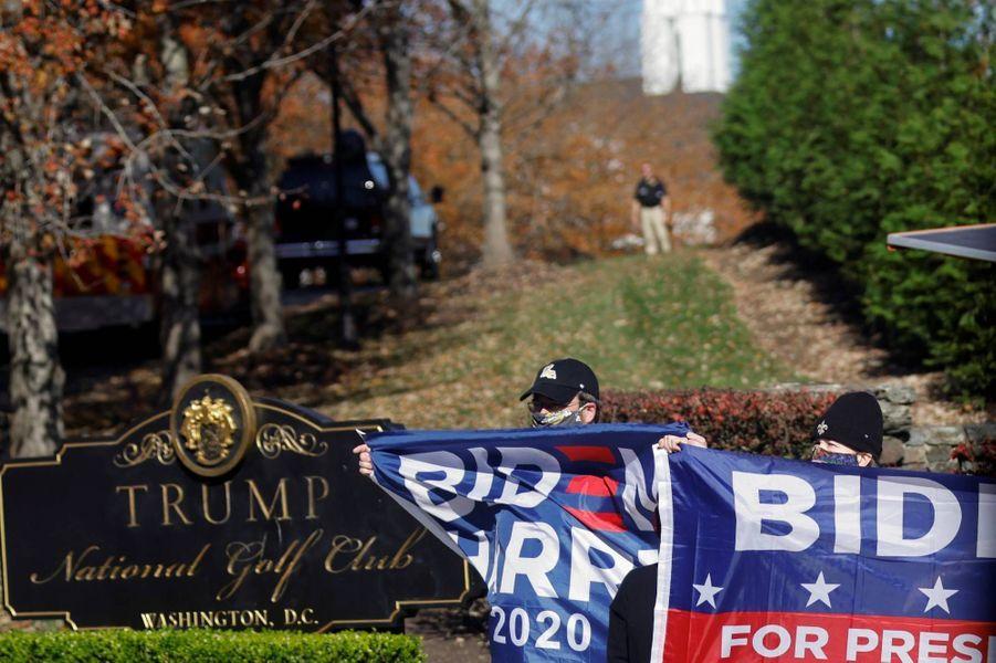 Donald Trump arrivant au Trump National Golf Course de Sterling, en Virginie, le 7 novembre 2020.
