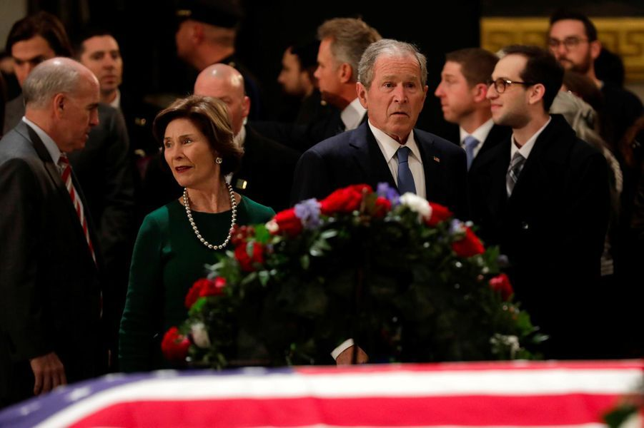 Laura et George W. Bushau Capitole, le 4 décembre 2018.