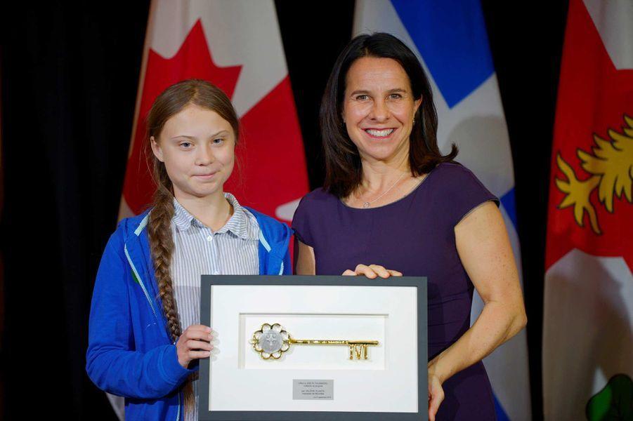 Greta Thunberg a reçu les clés de la ville, remises par la maire de MontréalValérie Plante, le 27 septembre 2019.
