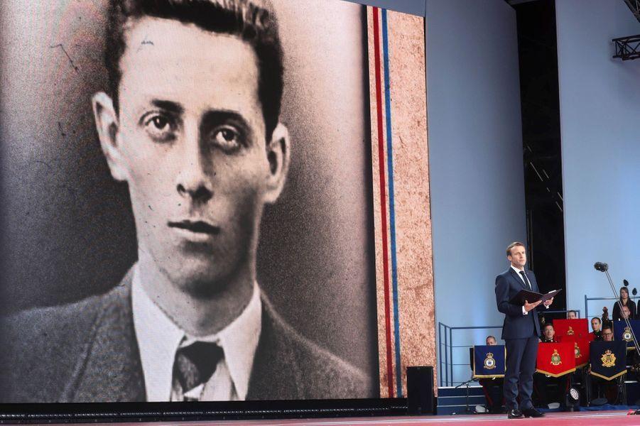 Emmanuel Macron lit la poignante lettre d'adieu d'un jeune résistant, Henri Fertet.