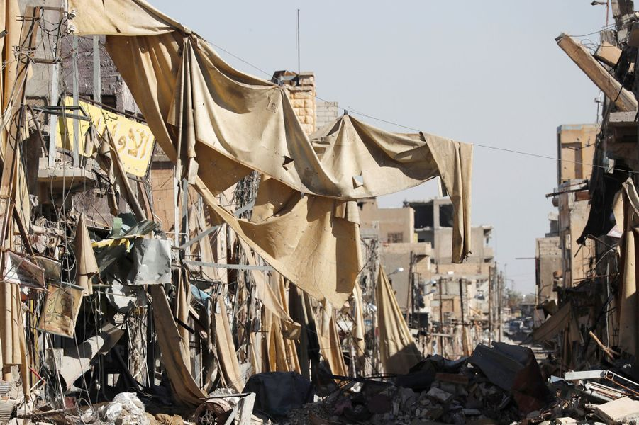 Scène de dévastation à Raqqa, le 18 octobre 2017.