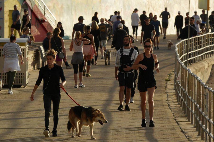 A Bondi Beach, à Sydney, en Australie, le 28 avril 2020.