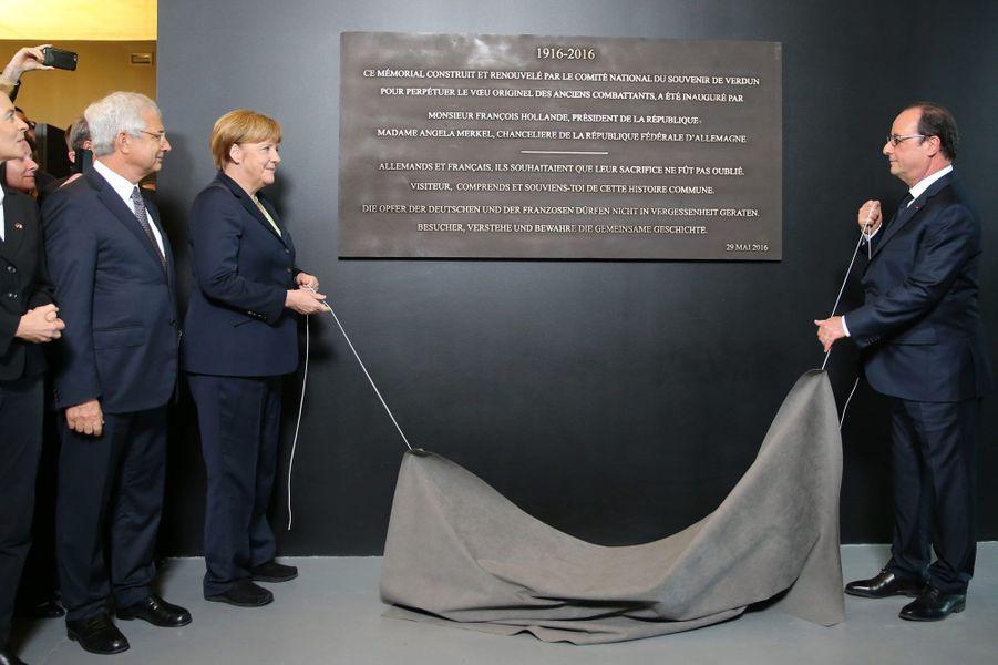 Inauguration d'une plaque commémorative en français et en allemand