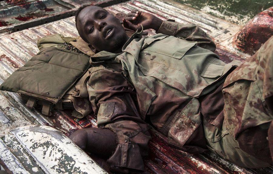 Un membre de l'Armée populaire de libération du Soudan (APLS) blessé (janvier 2014)