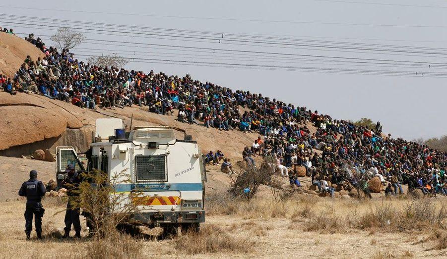 La mine de platine de Marikana emploie 3000 mineurs. Elle est située à 100 kilomètres au nord-est de Johannesburg. .