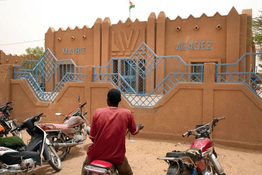 Jusqu'à l'été 2016, la mairie d'Agadez percevait un impôt sur le trafic des migrants.