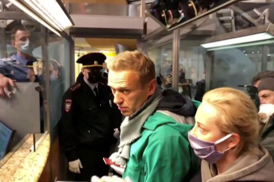 Le moment précis de l'arrestation d'Alexeï Navalny à Moscou.