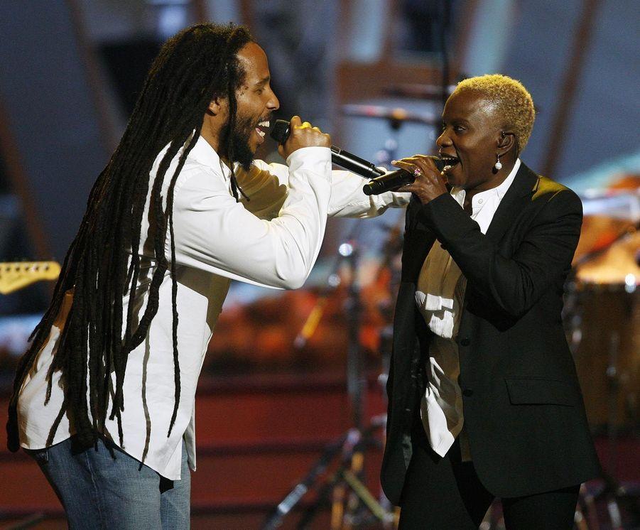 Angelique Kidjo avec Ziggy Marley en 2008