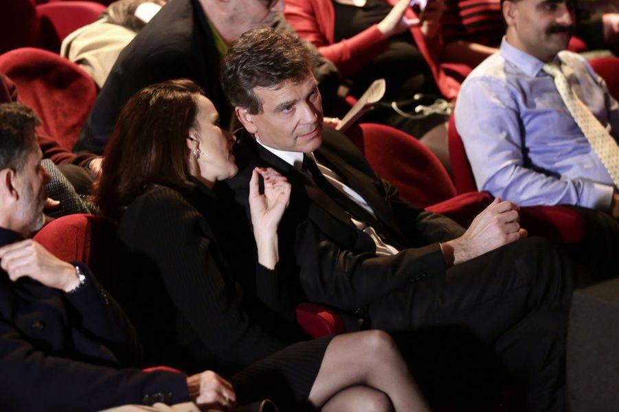 Arnaud Montebourg et Aurélie Filippettilors d'une rencontre avec des acteurs culturels à la Maison de la Poésie à Paris.