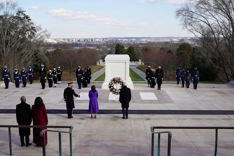 Joe Biden et Kamala Harrisau cimetière national d'Arlington, le 20 janvier 2021.