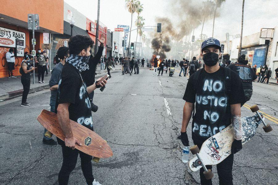 Photo prise entreFairfax et Melrose à Los Angeles, le 30 mai 2020.