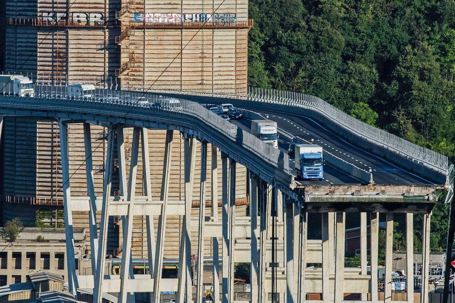 Le pont Morandi à Gênes, mercredi.