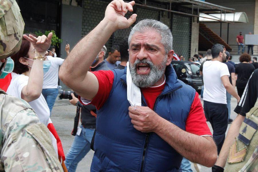 Manifestation à Zouk, au Liban, le 27 avril 2020.