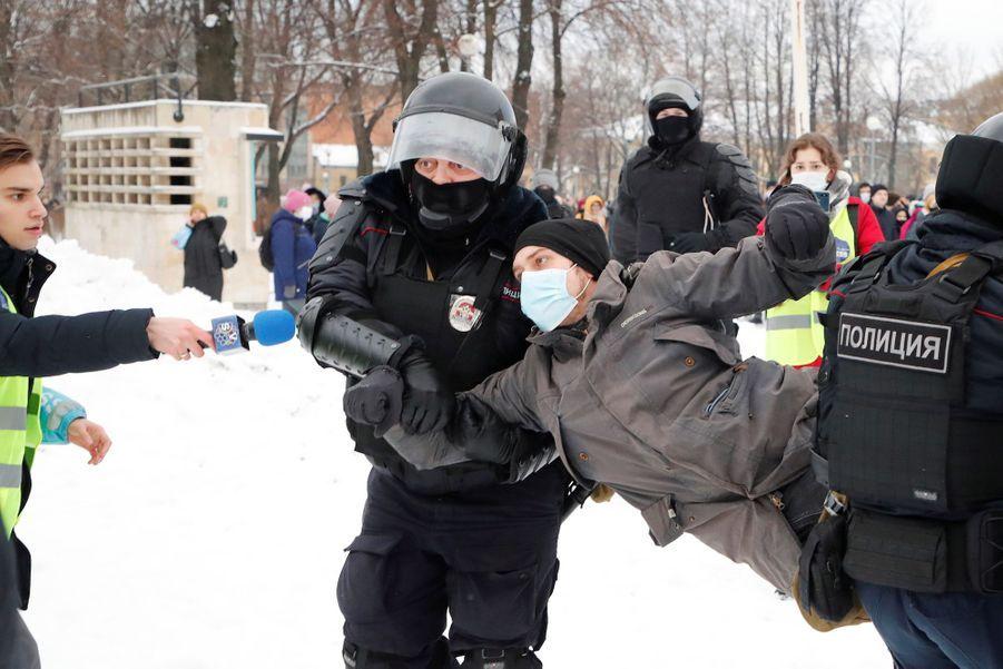 2021 01 31T092628Z 1677394087 RC2XIL9IBLOU RTRMADP 3 RUSSIA POLITICS NAVALNY PROTESTS