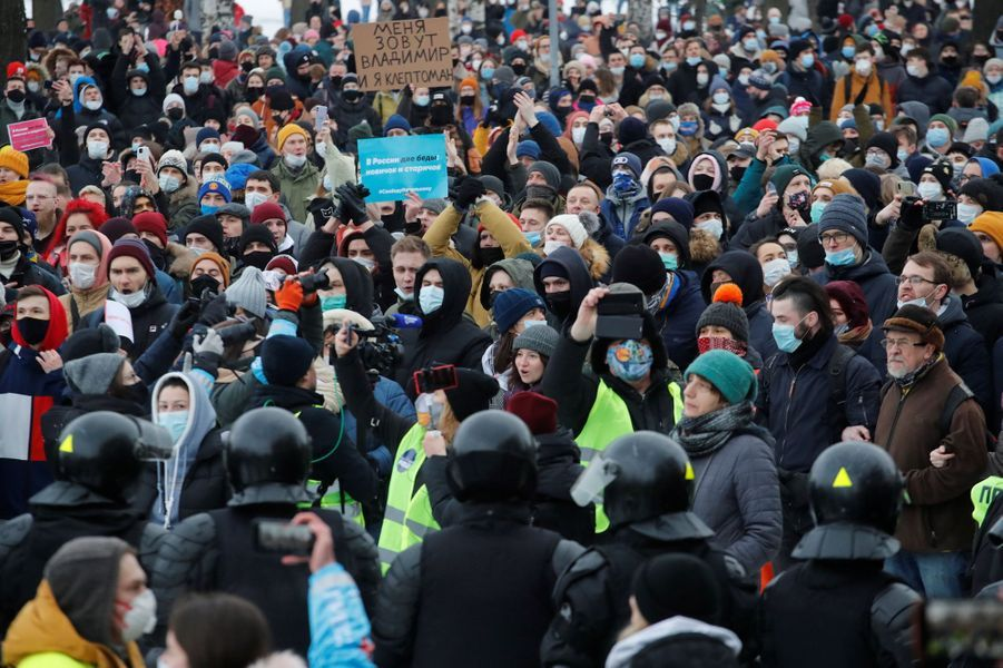2021 01 31T105030Z 829634298 RC2YIL96IED8 RTRMADP 3 RUSSIA POLITICS NAVALNY PROTESTS