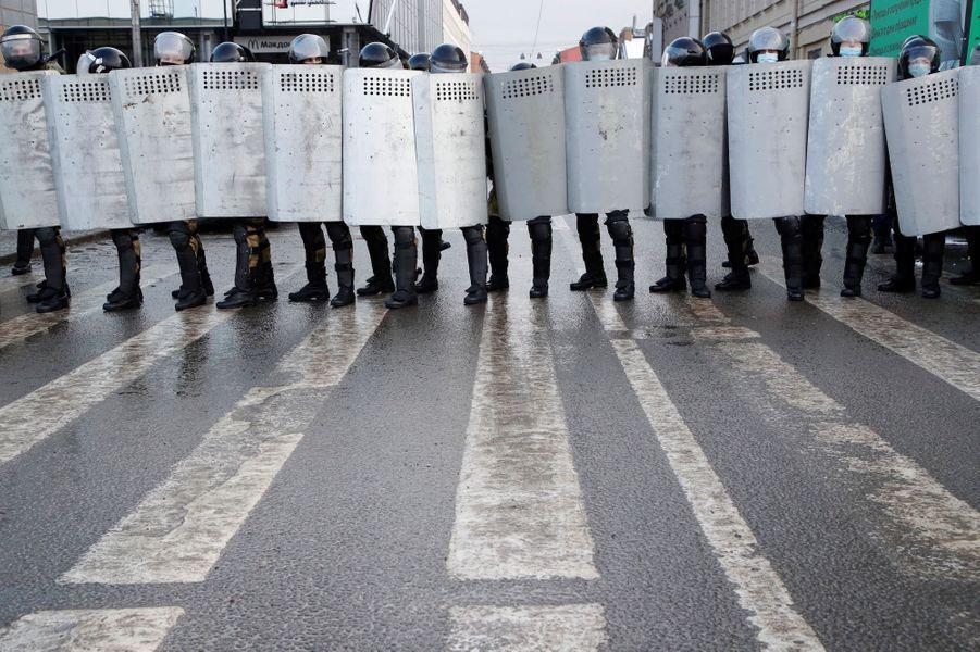 2021 01 31T110919Z 2078160467 RC2ZIL9E7MET RTRMADP 3 RUSSIA POLITICS NAVALNY PROTESTS