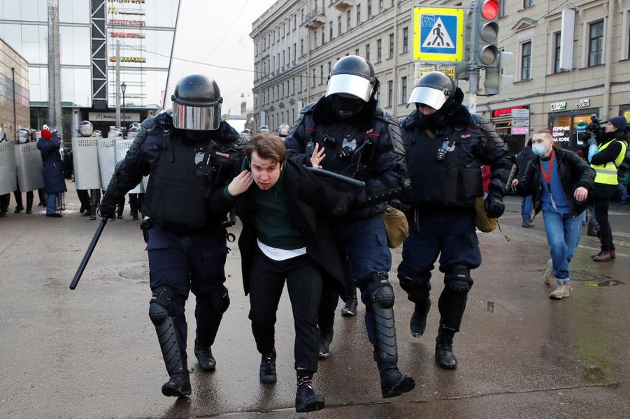 2021 01 31T112042Z 1798725710 RC2ZIL9NG6PM RTRMADP 3 RUSSIA POLITICS NAVALNY PROTESTS