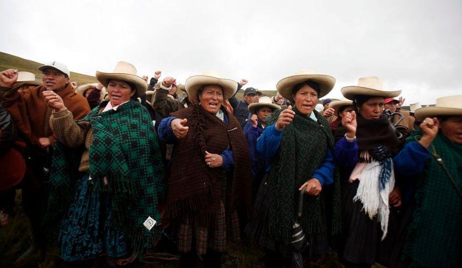 Des femmes contre les mines